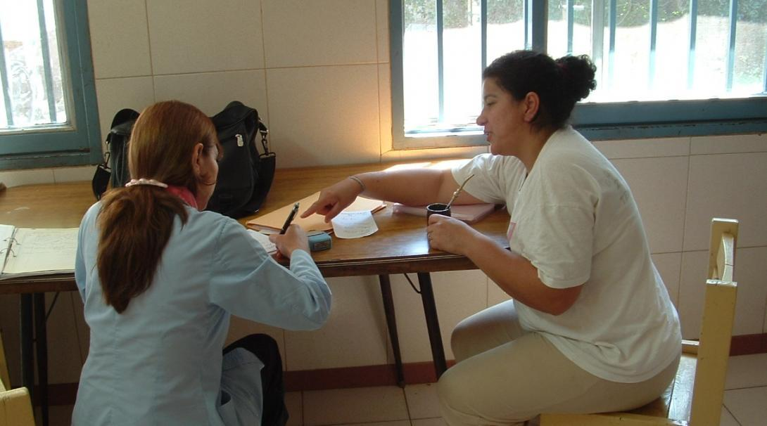 While learning Spanish in Argentina, a student receives private lessons with a professional tutor.